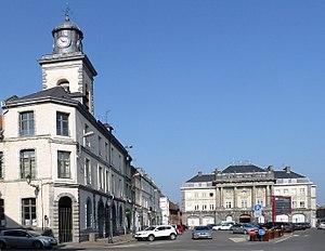 Condé-sur-l'Escaut - Image: Condé sur l'Escaut, France le beffroi et la Mairie 1, place Pierre Delcourt