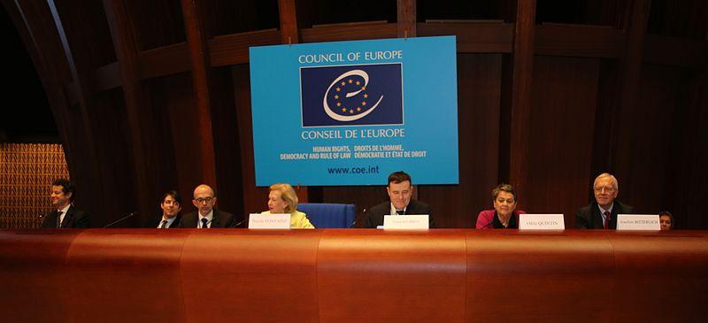 File:Conseil de l'Europe - Joachim Bitterlich,Frank Bournois,Nicole Fontaine,Andreas Kaplan,Odile Quintin.jpg
