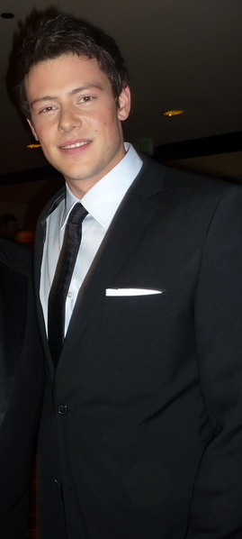 File:Cory Monteith at 2010 GLAAD Media Awards cropped.png