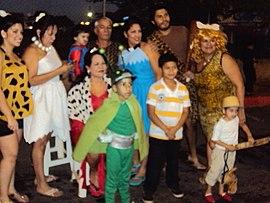 Los Picapiedra Wikipedia La Enciclopedia Libre - Disfraz-familia-picapiedra