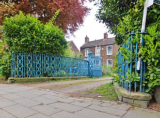 Newland, Kingston upon Hull - Image: Cottingham Road, Kingston upon Hull (geograph 3966552)