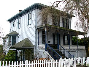 National Register of Historic Places listings in Columbia County, Oregon - Image: Cox Williams House St Helens Oregon