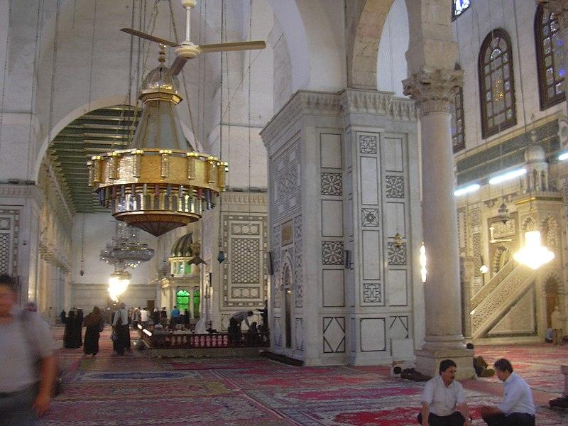 File:Damaskus, Omayadenmoschee, Innenraum (38674734312).jpg