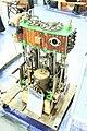 Dampfmaschine der Dampfbarkasse Iris 02.JPG