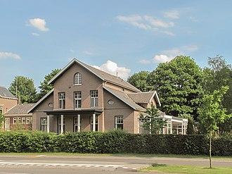 De Steeg - Image: De Steeg, TC van het voormalige gemeentehuis Hoofdstraat 4 GM0275 32 foto 6 2013 06 06 17.25