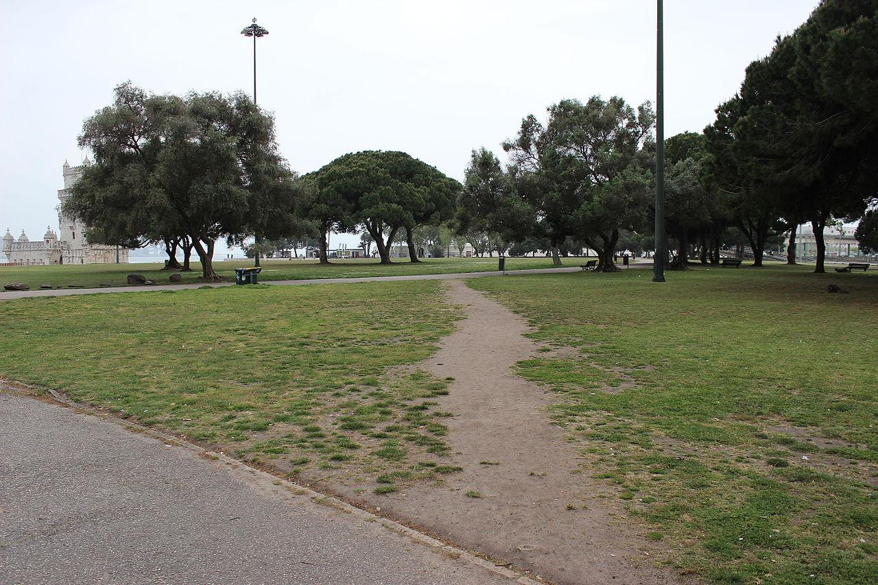 Desire Path by Wikimedia