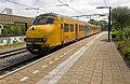 Deventer Plan V 458 vertrekt als Sprinter naar Apeldoorn (14212811124).jpg