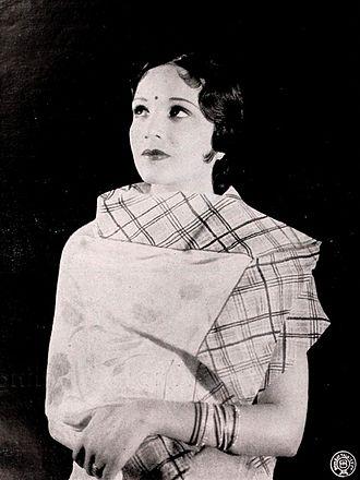 Devika Rani - Devika Rani in Nirmala (1938)