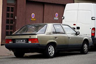 Renault 25 - Pre facelift Renault 25