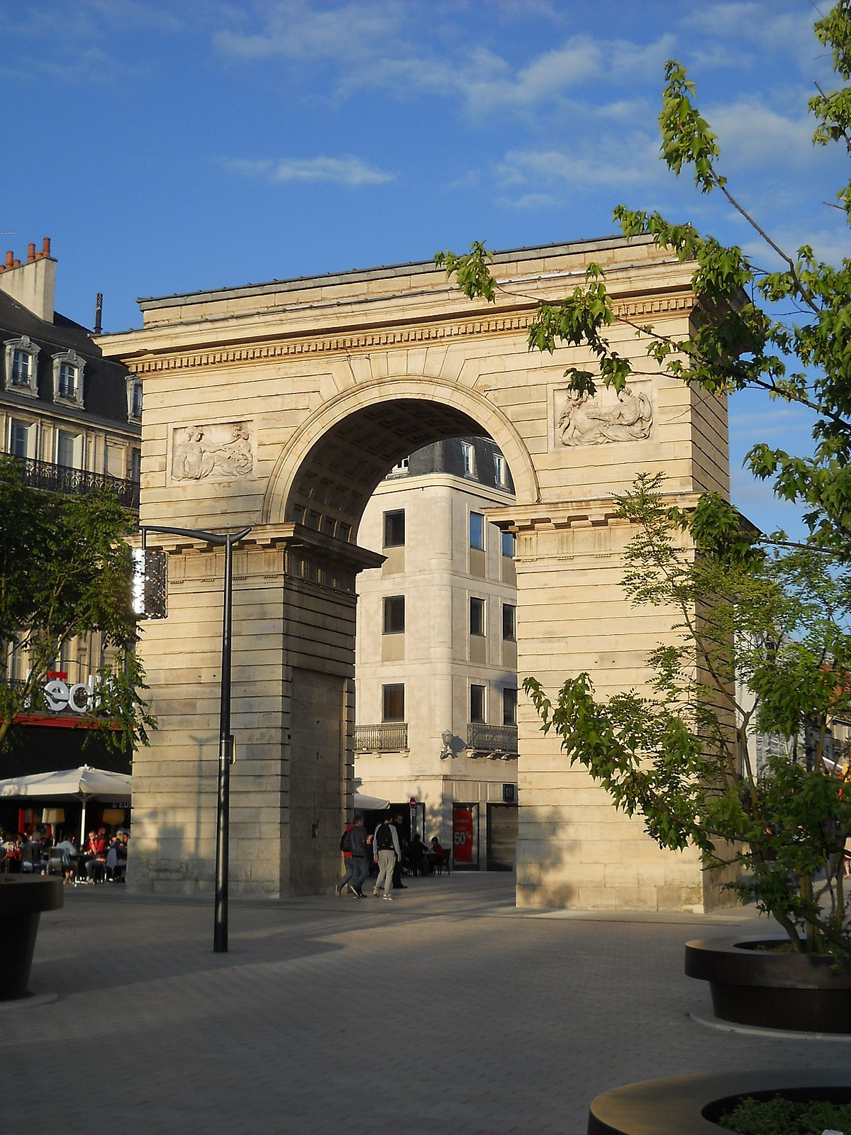 Porte guillaume dijon wikip dia for Porte wikipedia