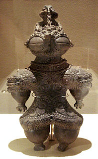 Type of figurine from prehistoric Japan