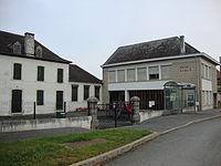 Domezain-Berraute (Pyr-Atl, Fr) Mairie - école à Domezain.JPG