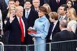 Дональд Трамп складає присягу Президента США