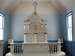 Dorris Church altar