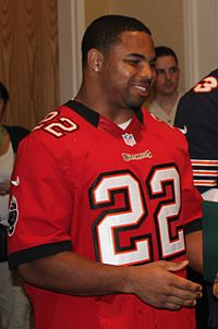 Doug Martin at Schoffield Barracks (cropped).jpg