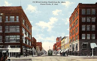 Grand Forks, North Dakota - Downtown Grand Forks, circa 1912