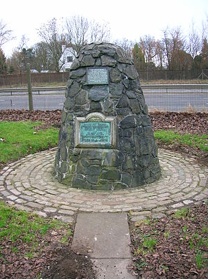 Richard Brown (captain) - The cairn commemorating the association of Richard Brown and Robert Burns in Irvine.