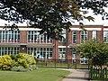 Earl's Hall Junior School - geograph.org.uk - 55702.jpg