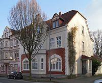 Edmund-Weber-Straße 237 Seite.jpg