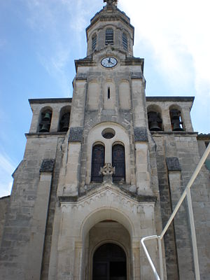 Allègre-les-Fumades - The church in Allègre-les-Fumades