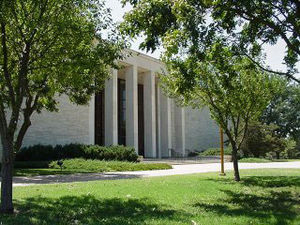 Dwight D. Eisenhower Presidential Library, Museum and Boyhood Home - The Eisenhower Library