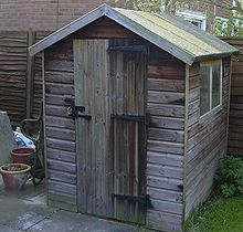 220px-Elderly_shed_269720.jpg