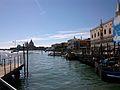 Embarcadors i góndoles, Venècia.JPG