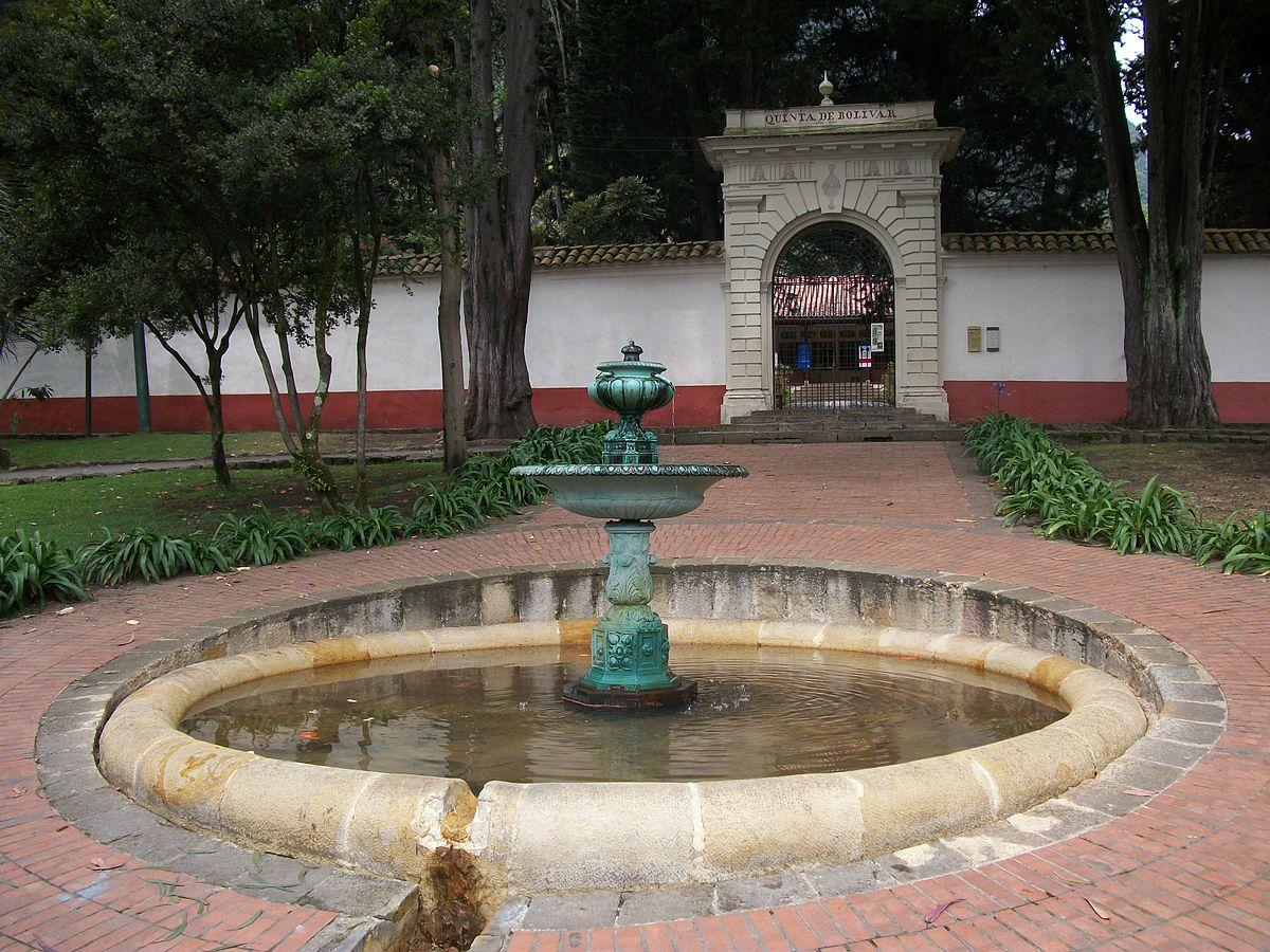 Quinta de bol var wikipedia la enciclopedia libre for Casa quinta muebles bogota