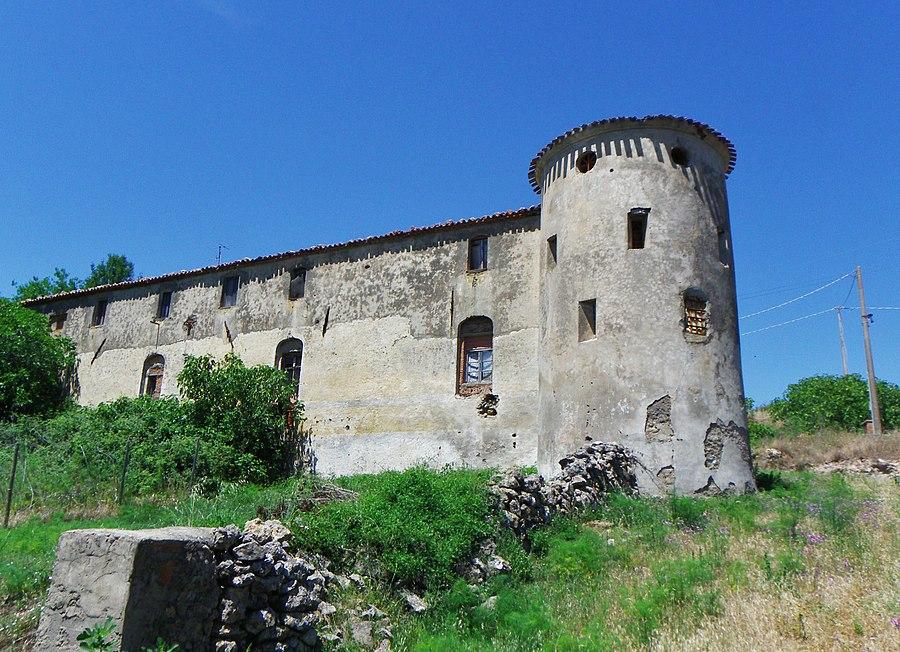 Fattoria fortificata La Campigliola - Manciano (GR) - panoramio