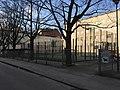 Fenced basketball court (44684655781).jpg