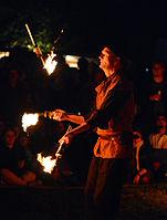 Feuershow – Hörnerfest 2014 03.jpg