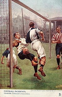 Un guardameta siendo cargado por un jugador rival (1905). 049fd9485b40a