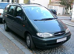Ford Galaxy front 20071115.jpg