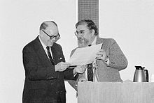 Forrest C. Pogue Receiving Oral History Award from Benis M. Frank.jpg