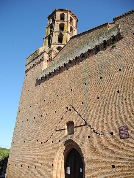 Buzet-sur-Tarn (Haute-Garonne, Midi-Pyrénées, France): église Saint-Martin, vue de la façade ouest.