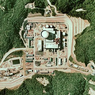 Fugen Nuclear Power Plant - The Fugen NPP in 1975, Image: Japan Ministry of Land, Infrastructure and Transport