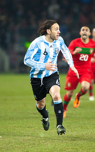Gabriel Milito - Milito playing for Argentina in 2011