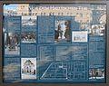 Gedenktafel Mehringdamm 21 (Kreuz) Friedhöfe vor dem Halleschen Tor.jpg