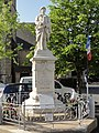 Gesnes-le-Gandelin (Sarthe) monument aux morts.jpg