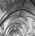 Gewelven over het schip met neo-gothische beschildering - 's-Gravenhage - 20085564 - RCE.jpg