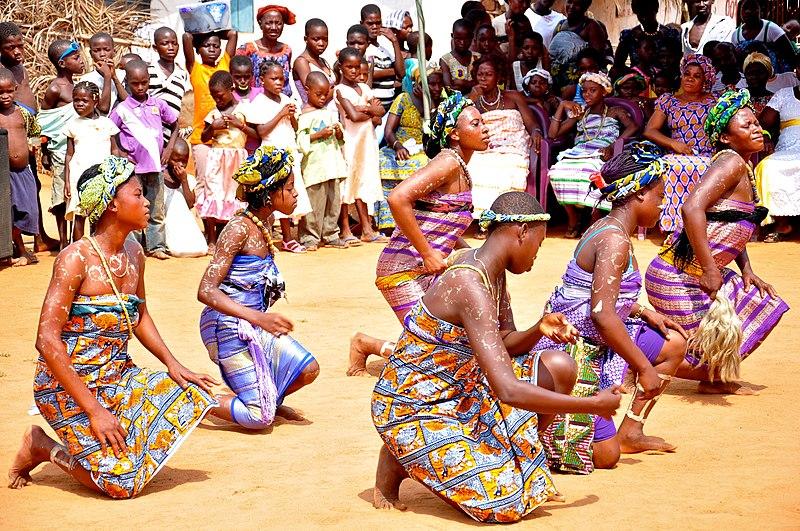 File:Ghana women dance (7250869584).jpg