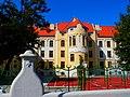 Gimnazija u Grosslingovoj ulici - panoramio.jpg