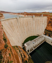 Glen Canyon Dam 2013.jpg