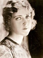 Gloria Grey actress headshot ca. 1926.jpg