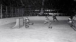e04ec1bd0 History of the National Hockey League (1917–1942). From Wikipedia ...