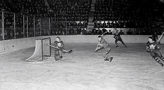 History of the National Hockey League (1917–42) - The Montreal Canadiens host the Toronto Maple Leafs in 1938