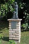 Hanstorf Kirche Mussäusdenkmal.jpg