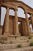 Hatra-Ruins-2006-5
