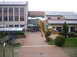 Haupteingang-Viktor-von-Scheffel-Realschule.JPG