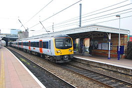 HeathrowConnect 360205 Southall 20090513.JPG